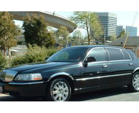 Midnight Wine Tours & Limousine Service service photo