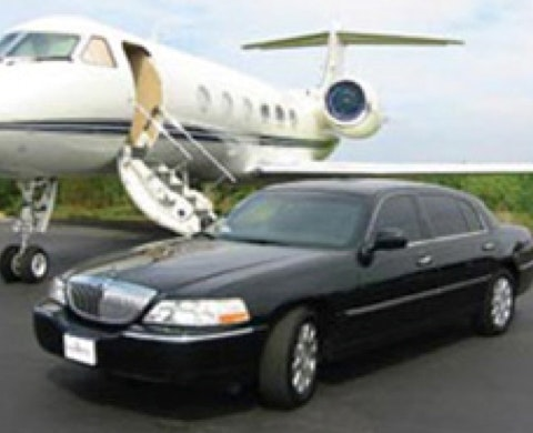 Diamonds Limousine Service service photo