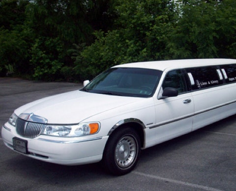 F and L Limo and Livery service photo