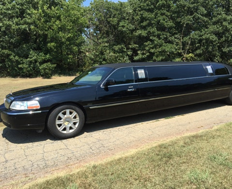 Night and Day Limo service photo
