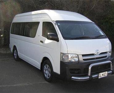 Iconic Tours New Zealand vehicle 1