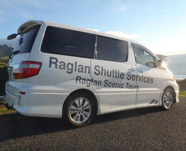 Book transfer from Raglan to Auckland Airport (AKL)