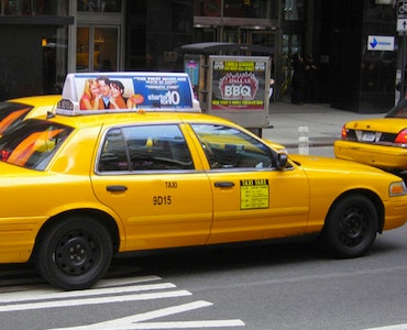 United Airport Taxi vehicle 1
