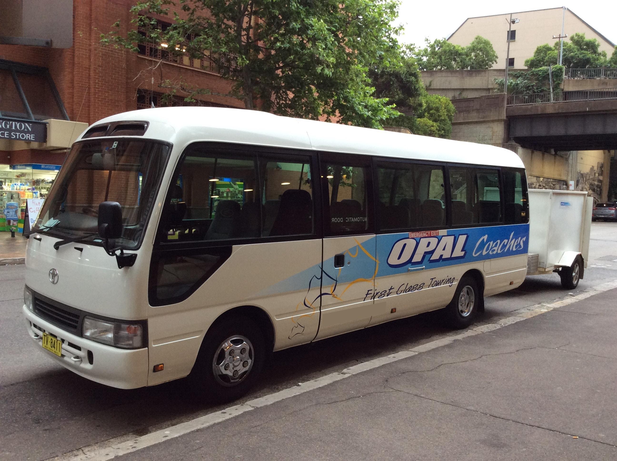 Black Opal Limousines vehicle 1