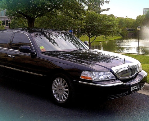 Upscale Car & Limo Service vehicle 1