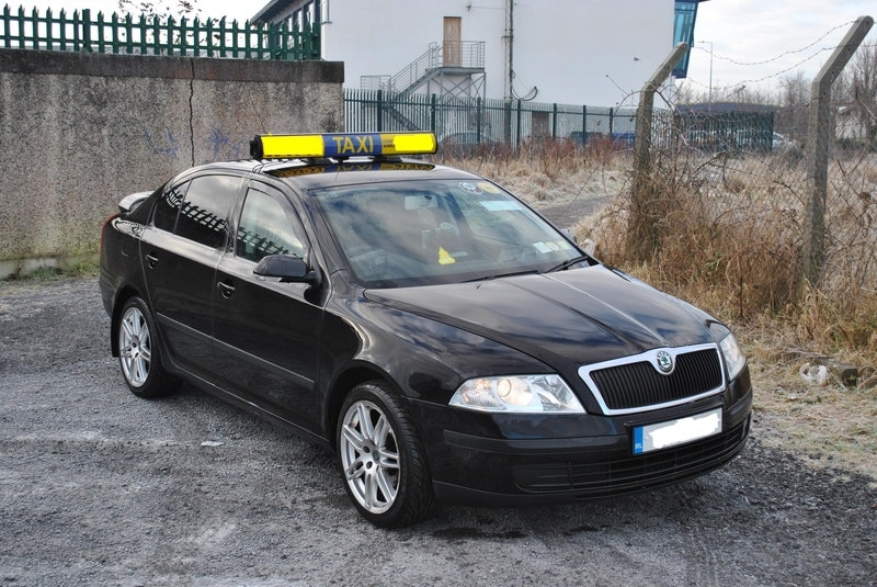 Ireland Taxi Services vehicle 1