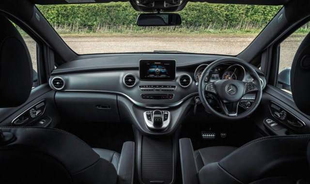 Elite Luxury Transfers vehicle 1