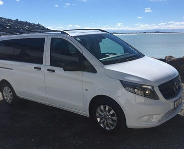 NZ SI Tours and Travel vehicle 1