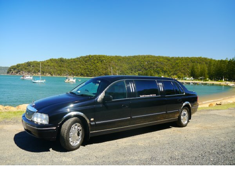 Beachside Limousines vehicle 1